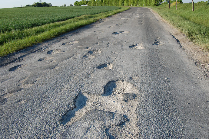 ��tat des routes entre La Sangle et Fontclaireau : Intervention.