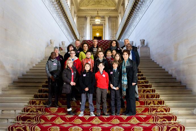 Le Conseil municipal des jeunes de La Couronne visite le Sénat. Photo : Sénat