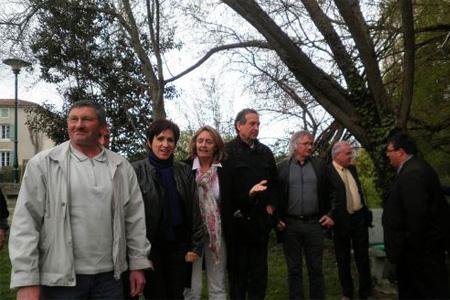 La mission sénatoriale est allée notamment à Saint-Groux pour entendre les élus. «On est là pour réagir au plus juste, apporter des réponses aux attentes. Photo : S. C.
