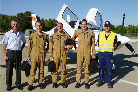 Le premier avion Cirrus a été livré à la base aérienne de Salon-de-Provence début août. Photo : DR