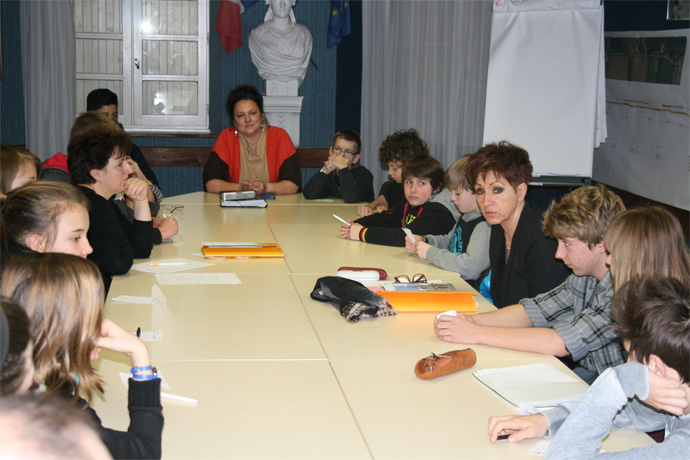 Rencontre avec le conseil municipal des jeunes de Chazelles