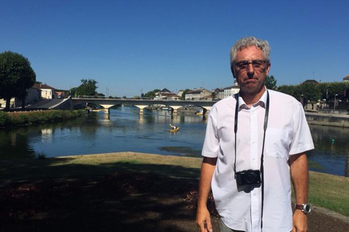 Visite à Mansle et à Jarnac des lieux d'implantation possible d'un bassin d'eau vive. Photo : N. Bonnefoy