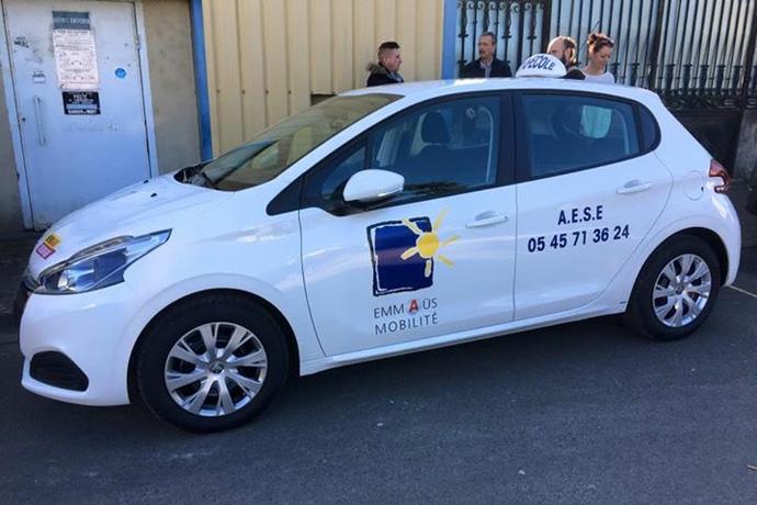 Auto-école solidaire EMMAÜS à Ruffec. Photo : N. Bonnefoy