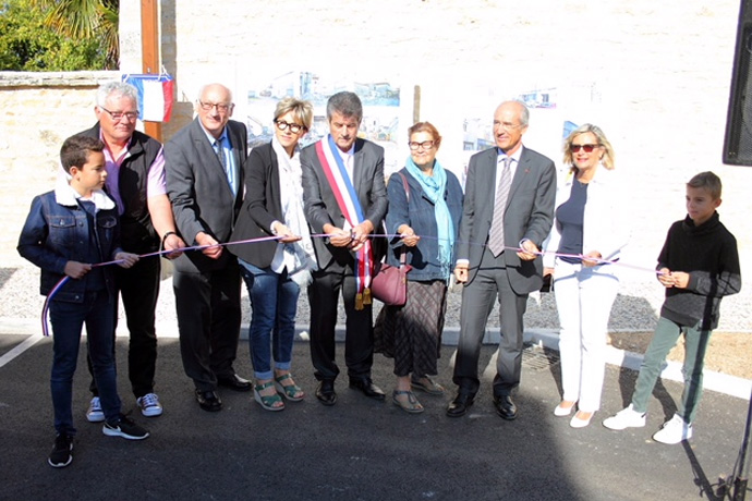 Inauguration du parking dans le centre ville de Mansle. Photo : J.C. Bordas
